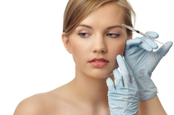 Clinica Oftalmologica en La Roma Norte Oftalmologos en Mexico Especialistas en Aplicacion de Rellenos Faciales v002 compressor